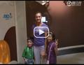 视频:伊辛巴耶娃复出 撑杆跳女皇携儿童观博