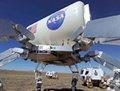 高清:美国航天局在沙漠地区试验新型探测器