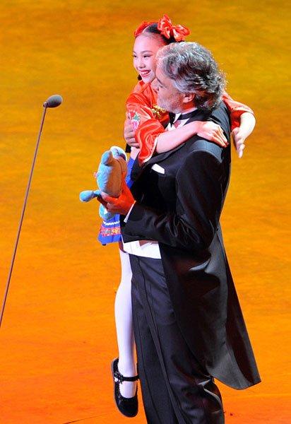 安德烈·波切利和中国小女孩演唱今夜无人入眠