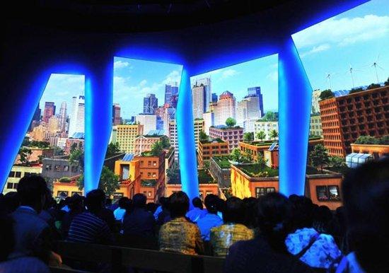 美国馆看未来城市缩影 4D《花园》震撼游客