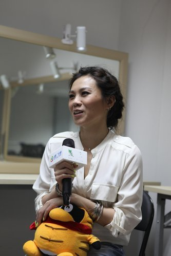 蔡健雅活泼亮相 另类解读新加坡