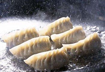美食推荐:平民美食上海锅贴
