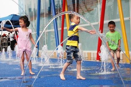高温天气世博避暑宝典 纳凉降温场所遍布园区