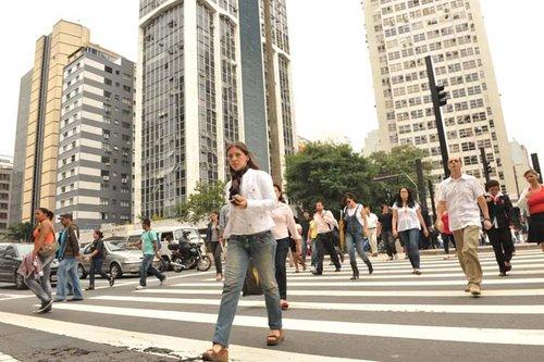 """巴西圣保罗的城市""""牛皮癣""""清理之战"""