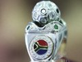 组图:南非世界杯专卖戒指闪亮登场