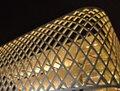 高清:世博场馆白天夜间显露不同气质