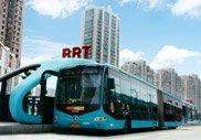 努力吸引更多市民选择低碳绿色的公交出行