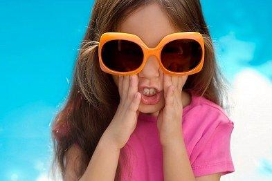 带孩子游园必须防暑防晒