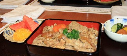 世博日本料理人气很高 味道好吃价格不亲民