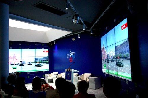 俄罗斯馆现场直播卫国战争胜利65周年阅兵式