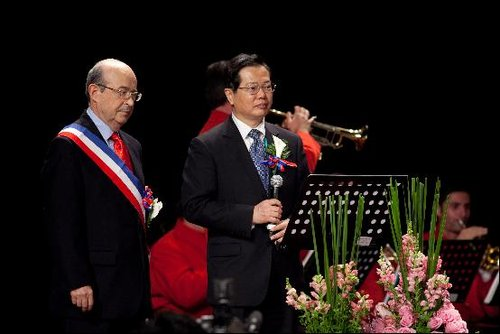 贸促会秘书长:在世博办法式婚礼有特殊意义