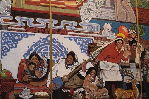 """踏上""""专列""""看西藏 欢歌笑语""""扎西德勒"""""""