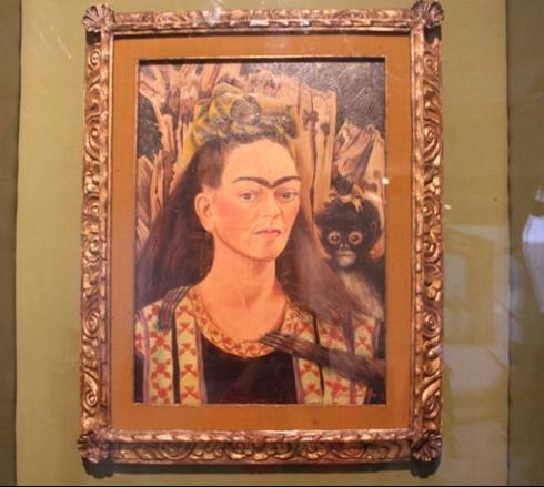 墨西哥馆镇馆之宝 一位传奇女性的自画像