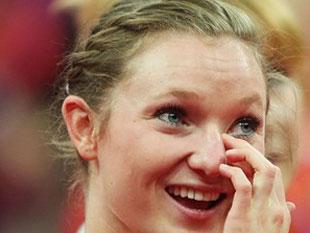 加拿大选手夺得女子蹦床冠军