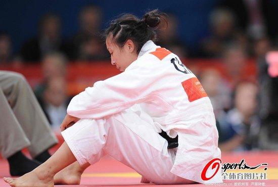 63KG级徐丽丽惜败憾摘银 夺本届柔道首枚奖牌
