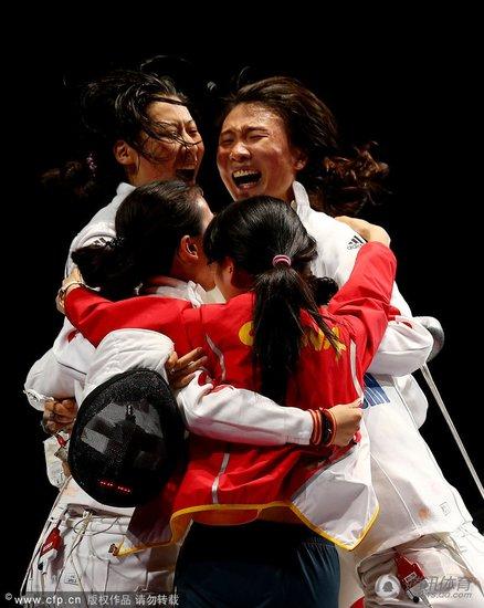 总结:中国击剑2金笑傲全球 3剑种成世界顶级