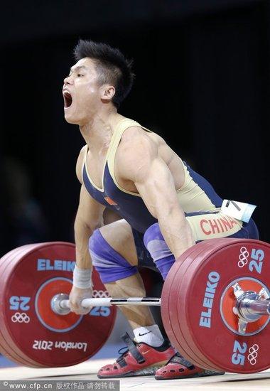 吕小军18岁才改练举重 奥运冠军曾是短跑健将