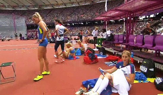 伦敦奥运另类之最:捷克女最豪放 坐地姐伤心