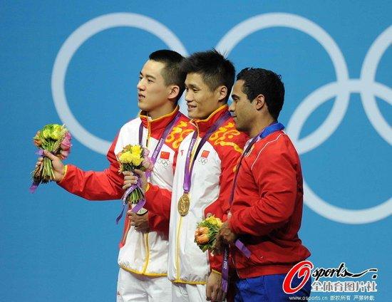 吕小军:金牌得来不易 陆浩杰:带伤上阵争口气