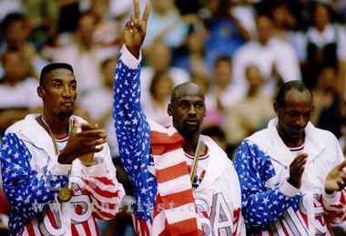 项目新闻 篮球 正文  1988年汉城奥运会,美国队半决赛不敌苏联再失图片