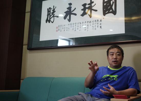""""""" 凭借两个英文单词,刘国梁如愿以偿,和闫森一起理了光头,从头做起,一图片"""