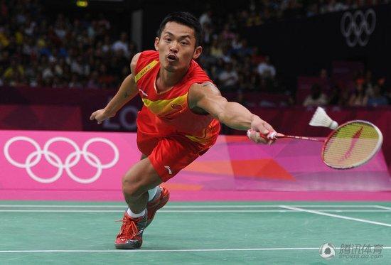 卫冕!林丹2-1李宗伟 羽球奥运史男单第一人