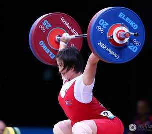 女子举重69公斤级朝鲜选手夺冠