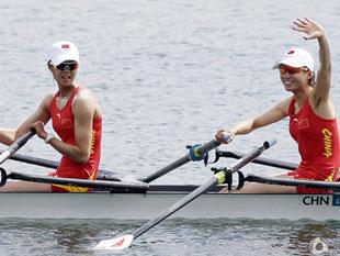 双人双桨中国摘银英夺冠