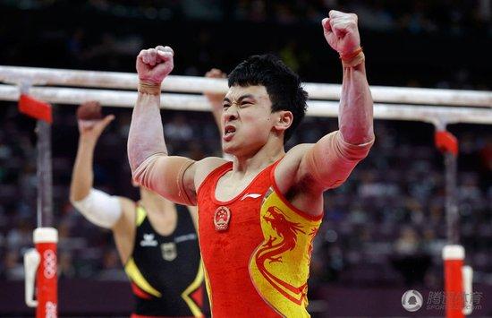冯喆最高难度完美发挥 握拳怒吼彰显王者霸气