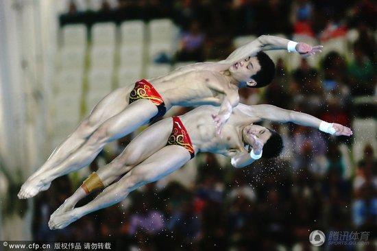 曹缘张雁全10米台强势夺冠 中国连续三届称雄