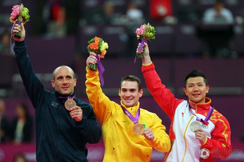 黄玉斌:陈一冰的金牌被送礼了 裁判早有预谋