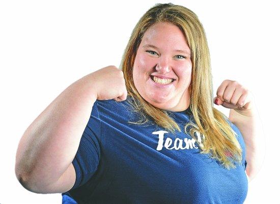美320斤女壮士曾打橄榄球 改练举重因胖子多