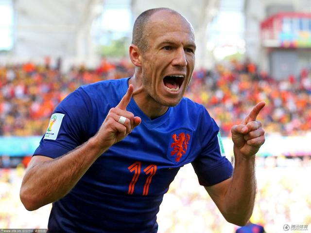 世界杯-荷兰3-2逆转澳大利亚 罗本范佩西建功