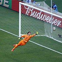 哥斯达黎加坎贝尔抽射进球扳平比分