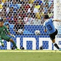 乌拉圭戈丁越位进球无效