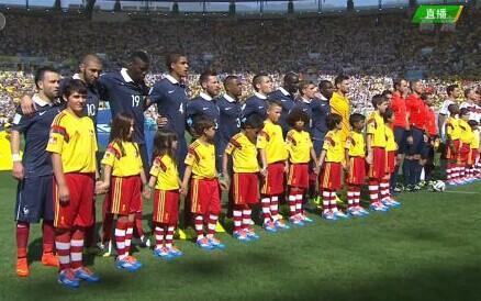 最高球童VS最矮球员 法国矮脚虎遭东道主调戏