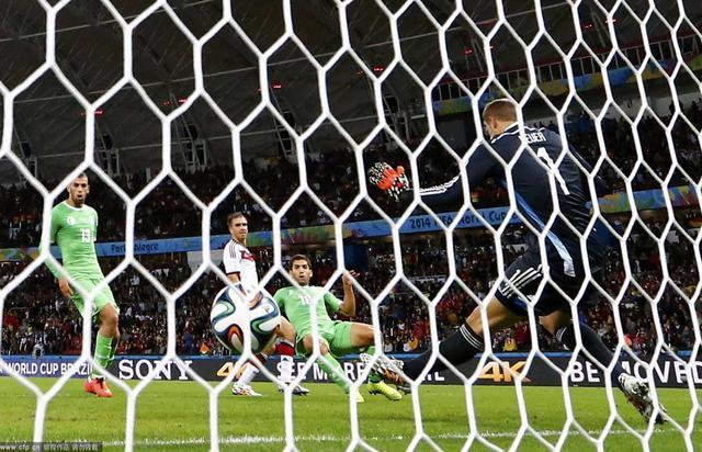 德国2-1阿尔及利亚 全场进球精彩瞬间(组图)