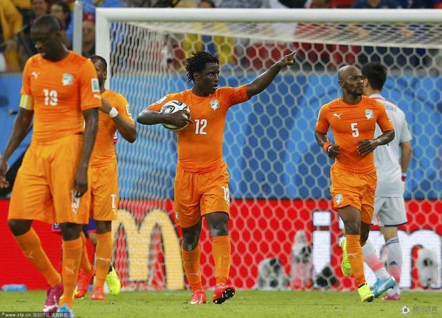 世界杯-科特迪瓦2-1逆转日本 本田建功难救主