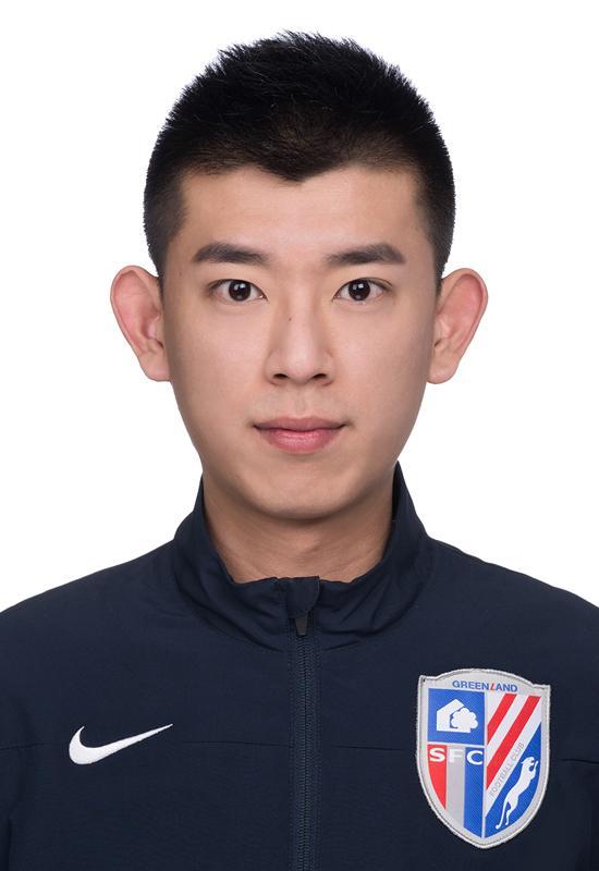 体育之窗驻上海绿地申花队赛事经理-杨洋
