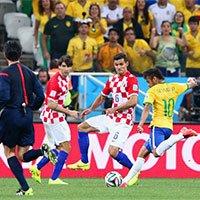 高清:内马尔破门 巴西队扳平比分