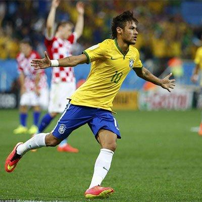 高清:巴西3-1克罗地亚 内马尔梅开二度