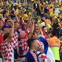 高清:巴西VS克罗地亚 球迷友好激情观战