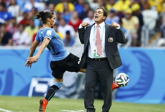 哥斯达黎加主帅:伟大的胜利!足球魅力尽显