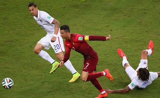 半场-葡萄牙1-0领先美国 纳尼破门中锋伤退