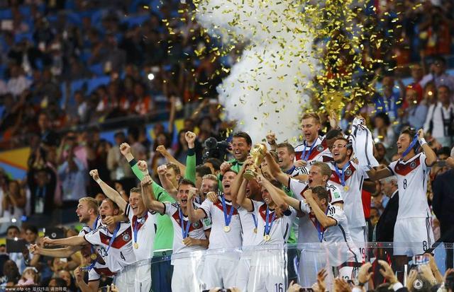 东道主感谢上帝!世界杯终于有惊无险结束了