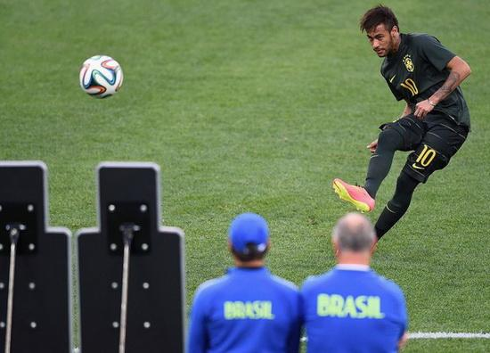 世界杯早报-三个第一!最快进球诞生