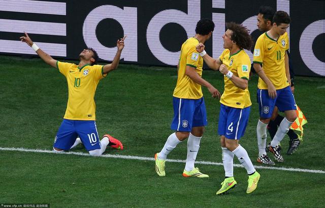 巴西延续世界杯一神迹 东道主揭幕战9战不败