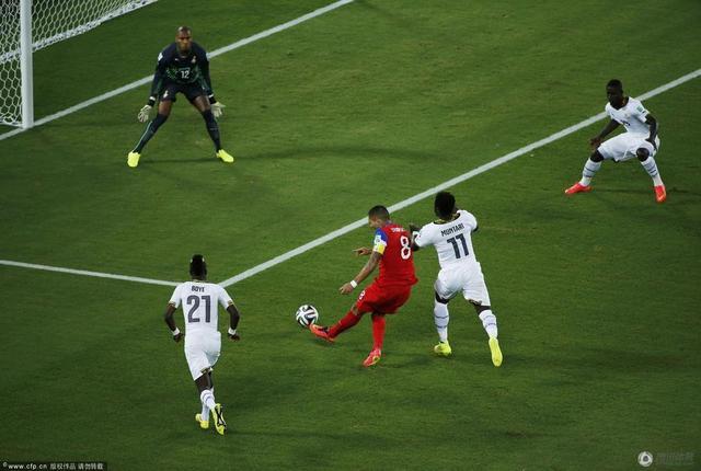 加纳主教练:丢球太快始料未及 我们踢得不错