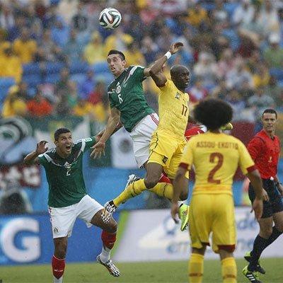 高清:墨西哥1-0喀麦隆首战告捷