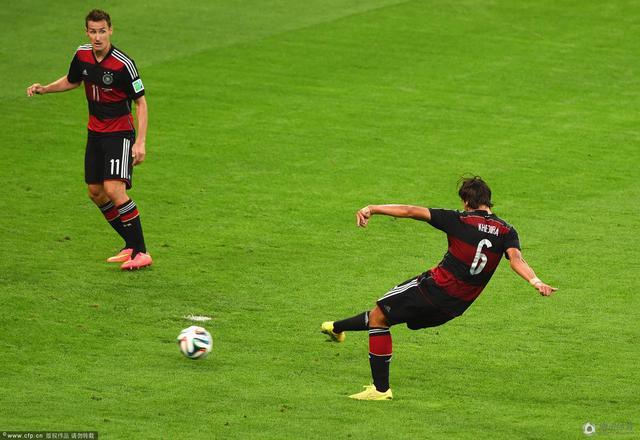 巴西1-7德国 K神破纪录全场进球全回放(组图)